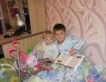 Чесновы. Дети читают Лунтику.