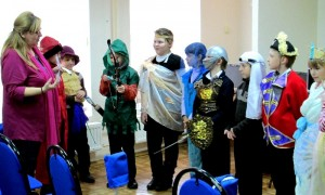 фото-исаева+дети в костюмах